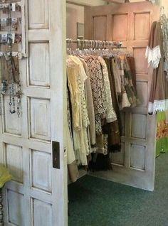 Boutique Decor, A Boutique, Boutique Clothing, Boutique Displays, Shop Displays, Retail Displays, Boutique Ideas, Boutique Store Design, Shabby Chic Boutique