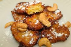 Welcome to Mely's  kitchen...the place of glorious and healthy  foods: Banana Fritters