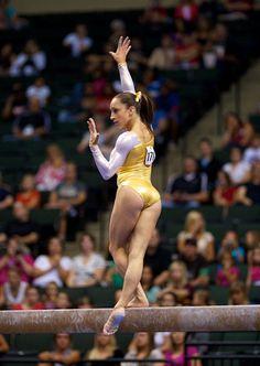 Harsh Lines – love her - Olympic Gymnastics Amazing Gymnastics, Gymnastics Photography, Gymnastics Pictures, Sport Gymnastics, Artistic Gymnastics, Olympic Gymnastics, Rhythmic Gymnastics, Olympic Games, Jordyn Wieber