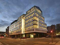 Fenêtres urbaines et baies vitrées pour le 107 à Lyon Part-Dieu