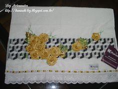 LOY HANDCRAFTS, TOWELS EMBROYDERED WITH SATIN RIBBON ROSES: Toalha de rosto, delicadamente bordada com Flores ...