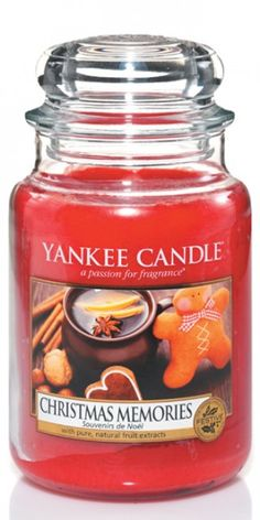 Make your house smell gorgeous with the Yankee Candle Christmas Memories Large Jar Candle from Love Aroma from Love Aroma. The experts in home fragrance. Bougie Yankee Candle, Yankee Candle Scents, Yankee Candles, Buy Candles, Scented Candles, Jar Candle, Luxury Candles, Yankee Candle Christmas, Christmas Scents