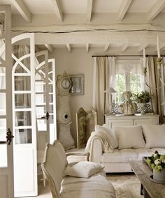 Having small living room can be one of all your problem about decoration home. To solve that, you will create the illusion of a larger space and painting your small living room with bright colors c… French Country Living Room, French Country Cottage, French Farmhouse, Rustic French, Country Farmhouse, Rustic Chic, Country Style, Farmhouse Decor, Restored Farmhouse