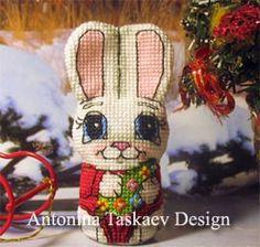 Christmas Bunny double sided toy - Cross stitch pattern https://www.etsy.com/shop/AntoninaDesign