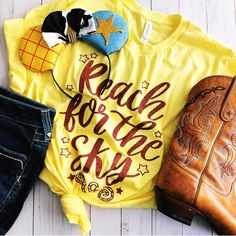 Loving this outfit put together by featuring their epic Woody ears paired with our Reach for the Sky tee in yellow. Disney World Outfits, Disneyland Outfits, Disney Inspired Outfits, Disneyland Trip, Disney World Trip, Disney Style, Disney Vacations, Disney Fashion, Disney Vacation Outfits