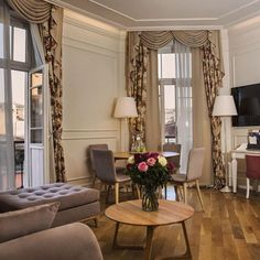 The CORINNE ART & BOUTIQUE HOTEL, embracing Istanbul's cultural richness and history, invites you on a journey to comfort in all its facets. http://www.corinnehotel.com/