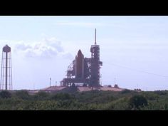A quick video of the Space Shuttle Discovery shot when it was on the launch pad in Florida for the last time in November of 2010.
