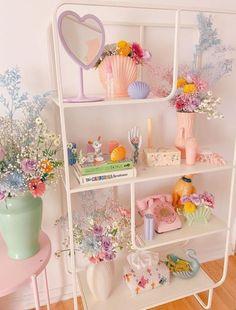 Pastel Room Decor, Pastel Bedroom, Cute Room Decor, Study Room Decor, Room Design Bedroom, Room Ideas Bedroom, Bedroom Inspo, Cute Room Ideas, Indie Room