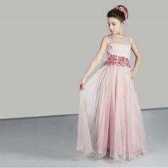 1c02ca437cbdf 18 inspirerende afbeeldingen over Roze bruidsmeisjesjurken ...