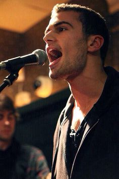 Theo James singing!!!!!! oh we know, he's just the whole package!!!! @London @Taylor Ann  @Candice Duplantis