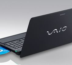 VAIO F-serie  Ultieme multimediaprestaties    Beschikbare afwerkingen   (afhankelijk van de voorraad)    Tot Intel® Core™ i7-processor  Legitieme Windows® 7 Professional of andere edities  VAIO Display Premium-scherm van 41,6 cm (16,4 inch) (1920 x 1080)  Graphics tot 2 GB  Vaste schijf tot 1 TB