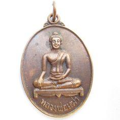 Best Buddhist amulet pendant Thai buddha statue art
