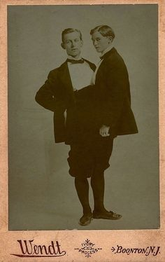 History Discover Vintage Circus Freak Show cabinet card. Vintage Humor Funny Vintage Photos Vintage Photographs Creepy Photos Strange Photos Strange Facts Old Circus Sideshow Freaks Conjoined Twins Funny Vintage Photos, Vintage Humor, Vintage Photographs, Creepy Photos, Strange Photos, Strange Facts, Old Circus, Sideshow Freaks, Conjoined Twins