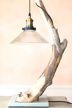 Driftwood table lamp with large Edison bulb.- Table Driftwood lamp with large Edison bulb. Mother's day gift. Home decor. Treibholzlampe Floating wood lamp with glass shade. Decor at the - Rustic Lamps, Wood Lamps, Lampada Edison, Lighthouse Lamp, Driftwood Table, Large Table Lamps, Creative Lamps, Bois Diy, Table Lamp Shades