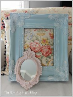 3\1 old white and aubusson blue dry brused white old white clear wax with shimmer mixed in