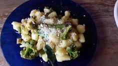 AGN: Gnocchi mit Spargel und Broccoli