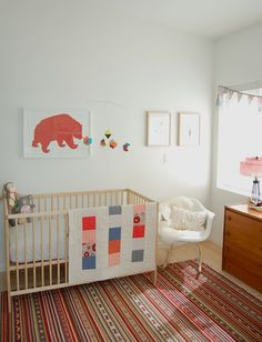 There is so much I love about this nursery...but the bear art is probably taking the cake