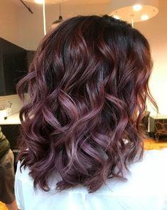 Chocolate Lilac Hair is the Hair Color Trend 2019 Cherry Hair Colors, Brown Hair Colors, Winter Hair Colors, Lilac Hair, Burgundy Hair, Burgundy Balayage, Pastel Hair, Green Hair, Blue Hair