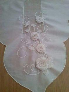 Mavicini Needle Lace, Flower Crafts, Needlepoint, Needlework, Ribbon, Embroidery, Crochet, Flowers, Mixed Media