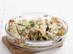 Gefüllte Pfannkuchen mit Schinken, Lauchzwiebeln, Mozzarella und Parmesan |