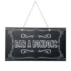 """Pour décorer votre bar à bonbons et y inviter vos convives, cette pancarte """"Bar à Bonbons"""" en carton effet ardoise sera d'un très bel effet !"""