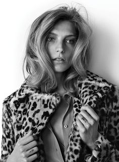 WSJ Magazine September 2014 | Daria Werbowy by Josh Olins