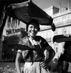 Fotógrafo: Estúdio Horácio Novais. Fotografia sem data. Produzida durante a actividade do Estúdio Horácio Novais, 1930-1980.  [CFT164 100840.ic]