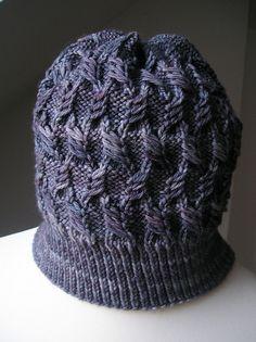 Autonomous Hat by Hanna Maciejewska. malabrigo Rios Plomo colorway.