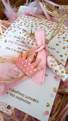 Organosi By Vivian Μπομπονιέρες Βάπτισης www.gamosorganosi.gr Fairies, Butterflies, Gift Wrapping, Party, Gifts, Faeries, Gift Wrapping Paper, Presents, Wrapping Gifts