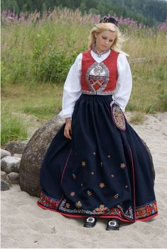 """My Norwegian ancestors came from Krødsherad, Buskerud. This is the """"Krylling-Bunad"""" which comes from that region, and I really want one. This one was made by Bunadstua, in Norway. I currently wear a belted Hallingdal bunad, which I love, but I would also really like to have one that is accurate to my heritage."""