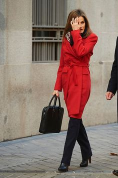 Queen Letizia of Spain attends a Working meeting of the Spanish Association Against Cancer (AECC) at AECC headquarters in Jan 2015 in Madrid