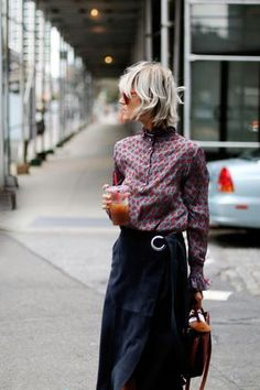 New york ss 2019 street style jeanne damas 31 ~ Litledress - Women Outfits Fashion Mode, Look Fashion, Autumn Fashion, Womens Fashion, Fashion Trends, Net Fashion, Lifestyle Fashion, Fashion Hair, Fashion Images