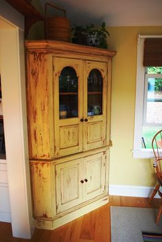 Camden Carriage House Addition - I LOVE THIS CORNER CABINET!