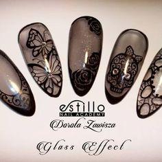 Estillo Sheer Black Nails