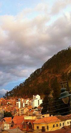 Hike and rock-climb Sica Sica in Sucre, Bolivia. Find out more here --> http://www.sucrelife.com/sica-sica-hill/ #travelbolivia