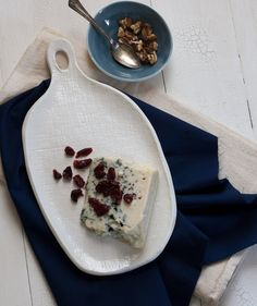 porcelain cheeseboard by Suite One Studio