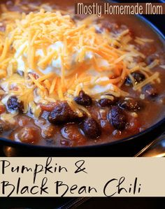 Pumpkin & Black Bean Chili - my FAVORITE chili recipe, year round!! www.mostlyhomemademom.com
