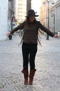 Sombrero Primark, Jeans H&M, Camisa Zara, Botines Pull and Bear
