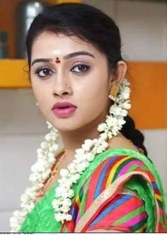 Beautiful Girl In India, Beautiful Girl Photo, Most Beautiful Indian Actress, Beautiful Gorgeous, Beautiful Actresses, Indian Natural Beauty, Indian Beauty Saree, Beauty Full Girl, Beauty Women