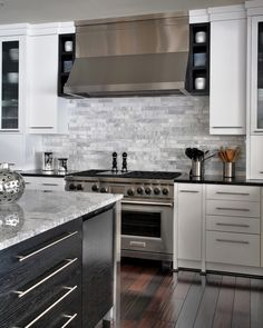 Jack Rosen Custom Kitchens - Modern kitchen with chrome accents Transitional Living Rooms, Transitional Kitchen, Transitional Decor, Country Kitchen Tables, Rustic Country Kitchens, Black Kitchens, Home Kitchens, Modern Kitchens, Dream Kitchens