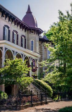 Savannah, Georgia Bed & Breakfast Photo Gallery: McMillan Inn