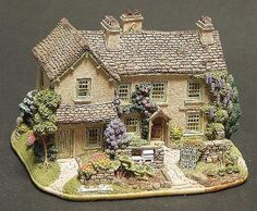 "'Hill Top"" Cottage by LILLIPUT LANE WORLD OF BEATRIX POTTER -"