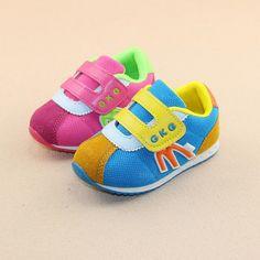 22-26 - Yumuşak Taban Yüksek Kaliteli Malzemelerden Üretim Unisex Tendon Örgü Bebek Ayakkabıları - 571612 - 31