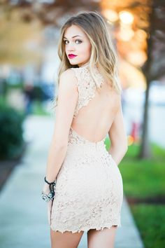 Open back lace dress #swoonboutique