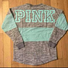NEW XS Victoria's Secret PINK Crewneck Brand new. No tags. Was washed and hung to dry but never worn ! Pink Outfits, Outfits For Teens, Casual Outfits, Cute Outfits, School Outfits, Victoria Secret Outfits, Victoria Secrets, Pink Nation, Pink Nikes
