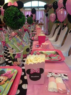 Minnie Mouse Birthday Party Ideas | Photo 5 of 29 | Catch My Party