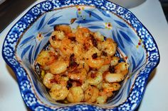3 Ingredient - Easy Shrimp Scampi(ish) :http://www.mrshappyhomemaker.com/2012/07/easy-shrimp-scampiish/