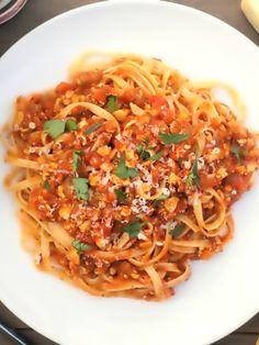 Vegetarian  - Low FODMAP & Gluten Free Recipe - Vegetarian spaghetti bolognese