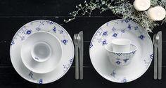 Royal Copenhagen Blå elements - Smukt & elegant. #inspirationdk #borddækning #royalcopenhagen