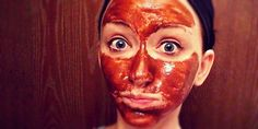 Exfoliantes que harán magia con tu maltratado rostro